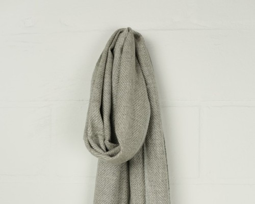 Free shipping and returns on Women's Cashmere & Cashmere Blend Scarves & Wraps at ragabjv.gq